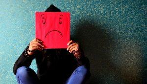 7 pequeños hábitos que pueden robar tu felicidad