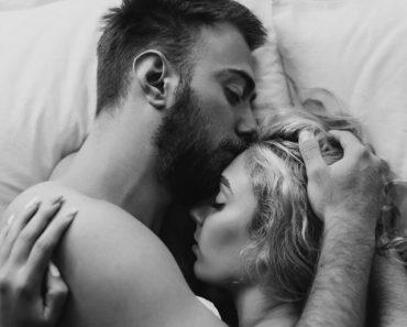 8 comportamientos que los hombres muestran cuando están con su verdadero amor