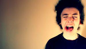 Por qué la gente deprimida se enfada (y cómo manejarlos)