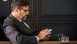 5 maneras eficaces de tratar con un jefe narcisista
