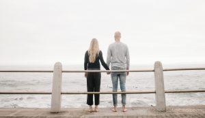 """10 Razones por las que la mejor relación de tu vida será con una chica a la que le gusta """"arreglar"""" a los demás"""