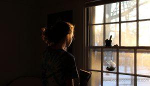 12 Hábitos de las personas infelices (y cómo evitarlos)