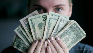 15 hábitos que desperdician dinero que la mayoría de la gente desconoce