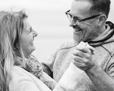 Cómo reavivar tu matrimonio después de que los hijos se vayan de casa