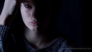 11 hábitos de las personas con depresión oculta