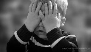 Los psicólogos advierten: no uses NUNCA estas frases cuando hables con tus hijos
