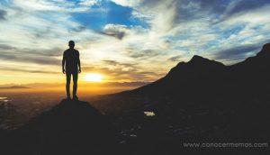 7 cosas inesperadas que le suceden a tu cuerpo cuando pasas un día completamente solo