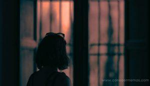 4 razones por las que te sientes vacía