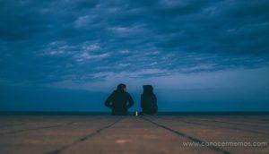 ¿Puedes reconstruir la confianza con alguien que te hirió? 5 señales de que vale la pena intentarlo