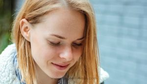8 Mensajes de texto que harán que te eche de menos